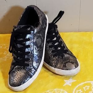 Guess Shimmery Sneakers